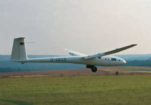 Schleicher ASW-12 Glider